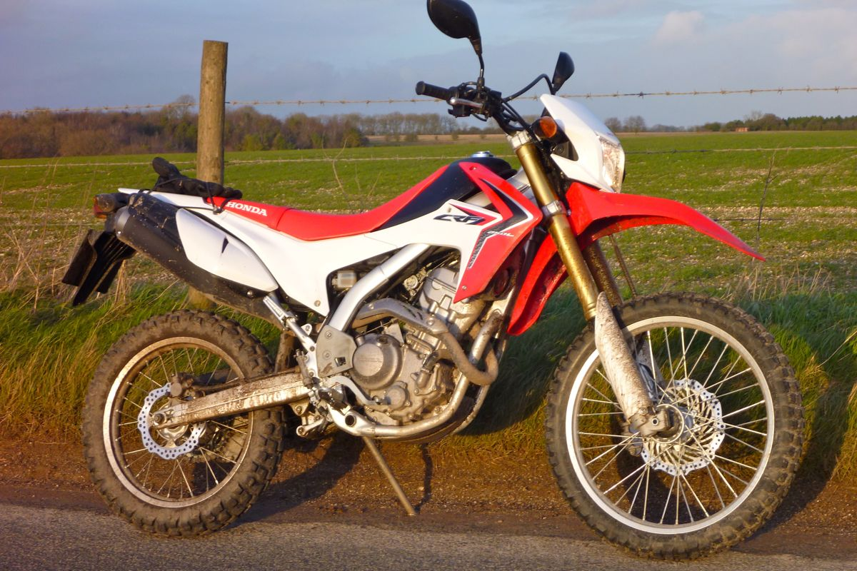 honda crf250l 200 mile test. Black Bedroom Furniture Sets. Home Design Ideas