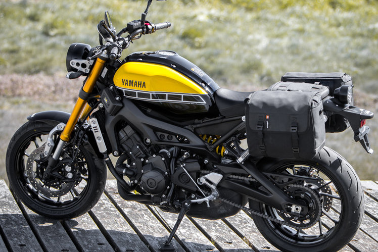 For Some Kriega Duos Bags Right Or Similar With A Wider Tailrack In The Style Of HotRod Rack I Had On My BMW XCountry Left