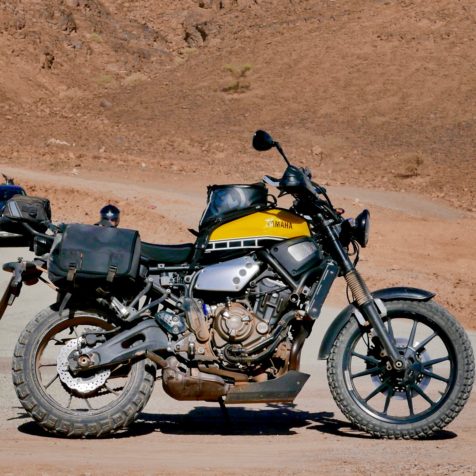 xsr 700 scrambler some morocco pics. Black Bedroom Furniture Sets. Home Design Ideas